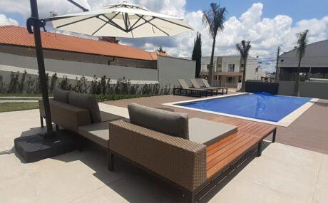 Conjunto sofá com chaise Luxxus